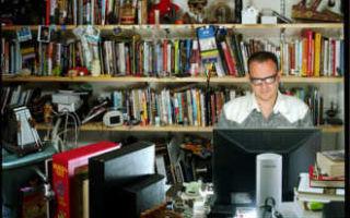 Филолог — что это за профессия, кем может работать филолог, где учиться на филолога
