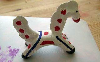 Дымковская игрушка из пластилина: как сделать лошадь и другие фигурки своими руками