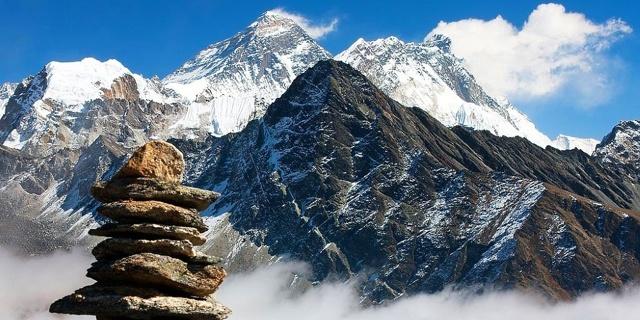 Самая высокая гора в мире и ее конкуренты по разным критериям, известнейшие вершины разных стран