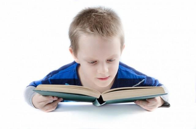 Скороговорки в виде стихов и короткие для детей 7 лет: польза для развития и правильной дикции