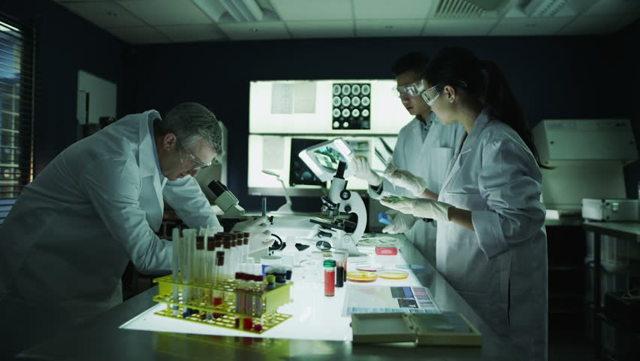 Кто такие патологоанатомы: особенности работы, как стать патологоанатомом и сколько они зарабатывают