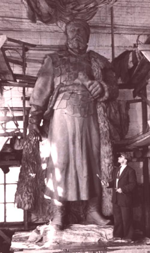 Ерофей Хабаров что открыл, краткая биография, чертеж реки Амур, кому поставлен памятник в Хабаровске