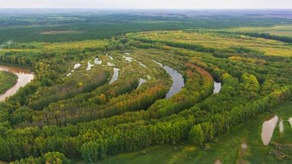 Полезные ископаемые Западно-Сибирской равнины: географическое положение и средняя высота рельефа