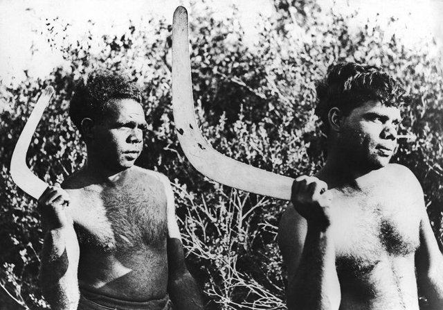 Австралия: аборигены, оружие, национальные костюмы и фото диких племен