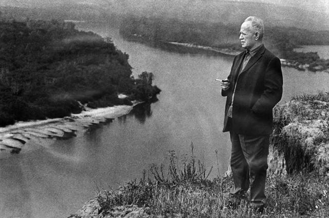 Краткая биография Шолохова; интересные факты жизни писателя; основные даты