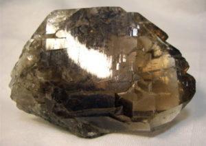 Происхождение горных пород: виды, свойства, чем отличаются от минералов, месторождения