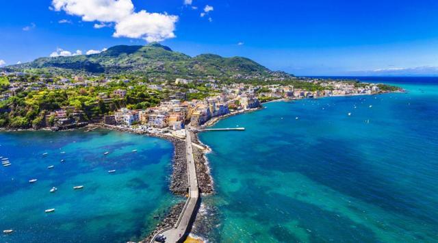 Италия: список городов и курорты страны на море, самые красивые места провинций